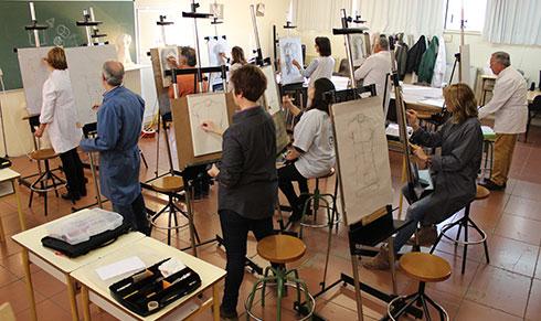 aula-de-artes-plasticas.jpg